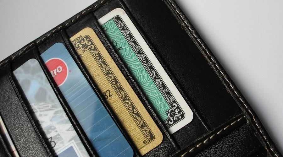 Monedero Con Tarjetas De Crédito