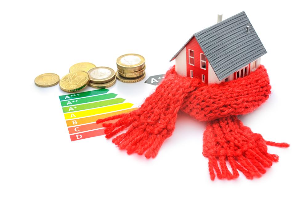 Las medidas de ahorro y eficiencia energética en el hogar permiten ahorrar más de 1.200 euros al año