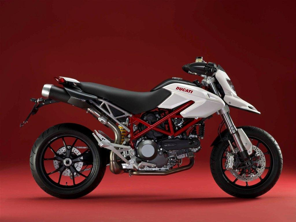 Ducati-hypermotard-1100