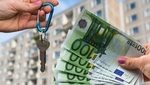Consumidor pagando su hipoteca