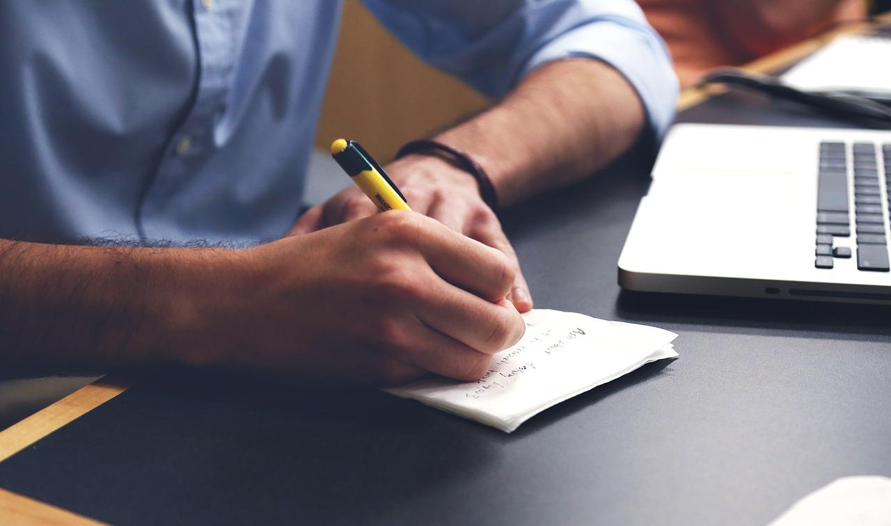 Pasos necesarios para calcular el contenido del seguro del hogar.