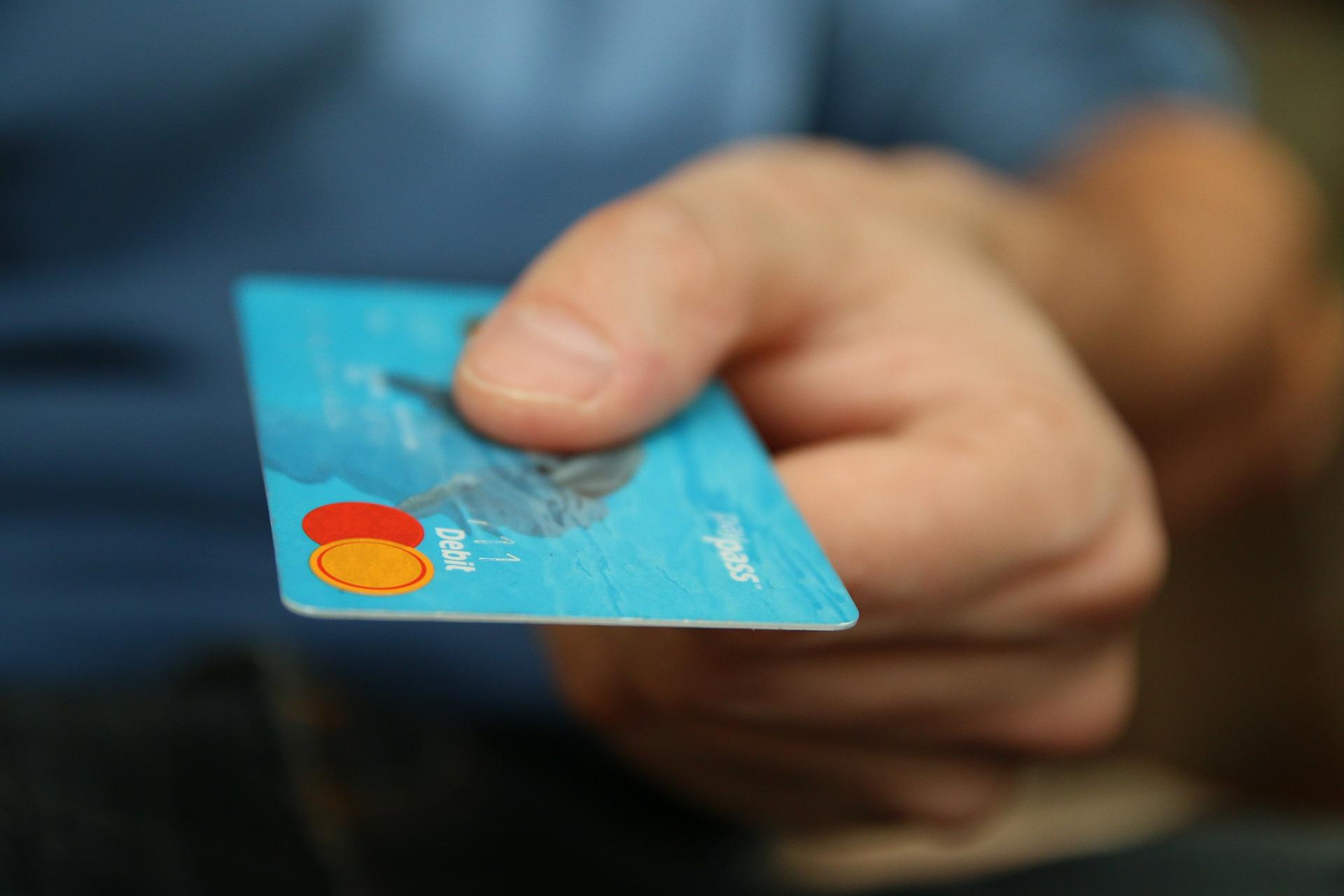 Qué significa tarjeta de crédito y lo que implica usarla