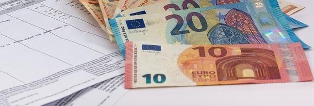 Dinero Facturas