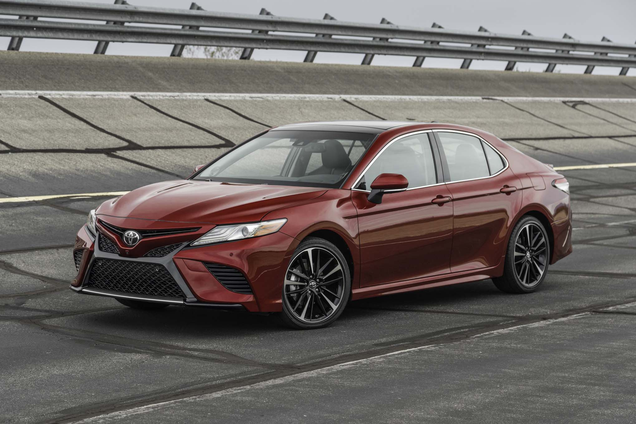 2018 toyota camry mejores coches