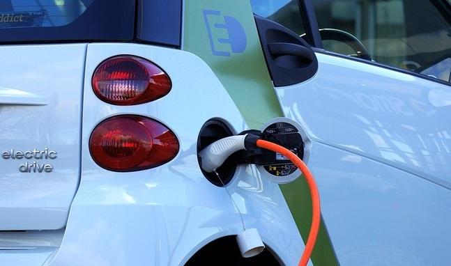 Detalle de coche eléctrico