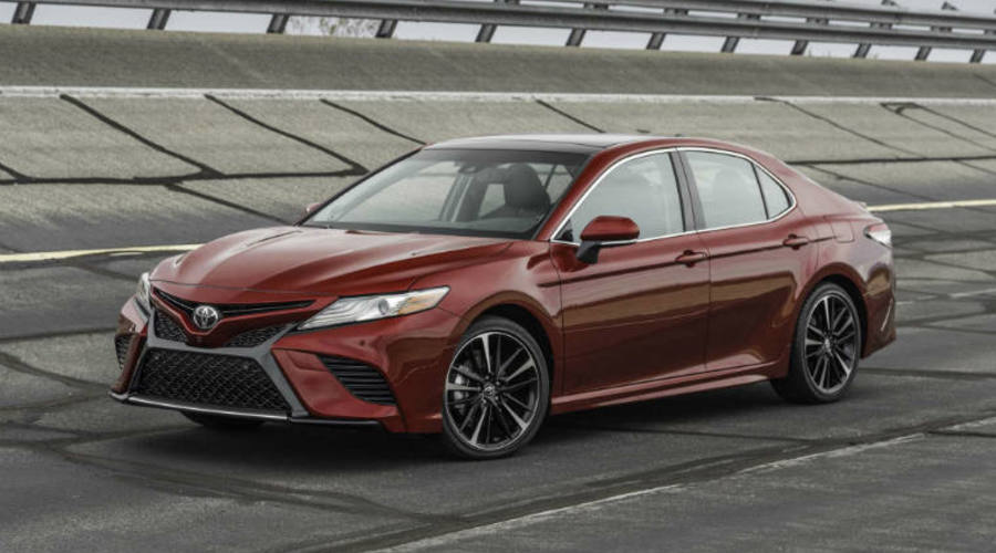 2018 Toyota Camry Xse V 6 Front Three Quarter