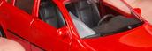 Un coche rojo