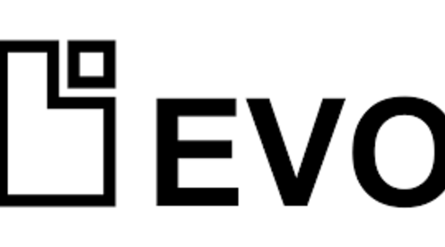 Un cartel de EVO